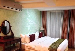 http://photos.hotelbeds.com/giata/18/189822/189822a_hb_ro_061.jpg