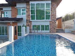 http://photos.hotelbeds.com/giata/18/189822/189822a_hb_ro_106.jpg