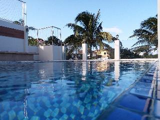 http://photos.hotelbeds.com/giata/18/189822/189822a_hb_ro_107.jpg