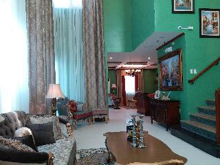 http://photos.hotelbeds.com/giata/18/189822/189822a_hb_ro_115.jpg