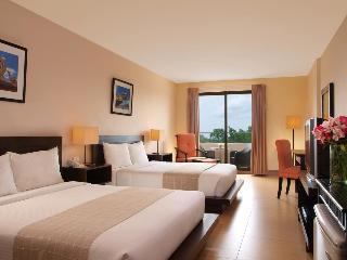 http://photos.hotelbeds.com/giata/18/189834/189834a_hb_ro_010.jpg