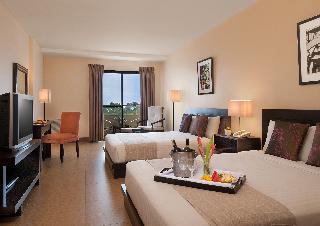 http://photos.hotelbeds.com/giata/18/189834/189834a_hb_ro_016.jpg