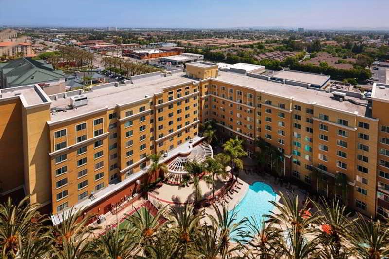 Residence inn by marriott anaheim resort di los angeles - Marriott residence inn garden grove ...