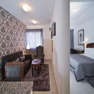 http://photos.hotelbeds.com/giata/19/192352/192352a_hb_ro_050.jpg