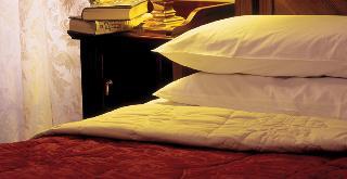http://photos.hotelbeds.com/giata/19/198350/198350a_hb_ro_002.jpg