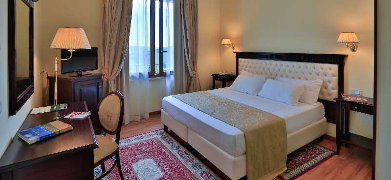 Hotels in Ascoli Piceno: I Calanchi Country Hotel & Restaurant