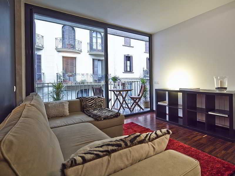 Apartamentos Barcelona Sunny Flats 1