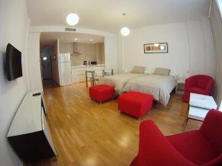 http://photos.hotelbeds.com/giata/20/200009/200009a_hb_ro_001.jpg