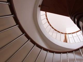 http://photos.hotelbeds.com/giata/20/200009/200009a_hb_ro_012.jpg