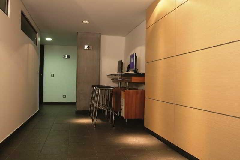 Travelers Apartamentos y Suites Obelisco - Generell