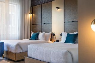 http://photos.hotelbeds.com/giata/20/201068/201068a_hb_ro_138.jpg