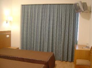 Hotel Residencial Canada thumb-2