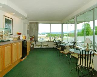 Hotels in Bedford - PA: Quality Inn Breeze Manor
