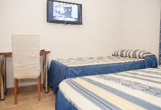http://photos.hotelbeds.com/giata/21/212237/212237a_hb_ro_006.jpg