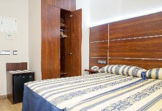 http://photos.hotelbeds.com/giata/21/212237/212237a_hb_ro_019.jpg