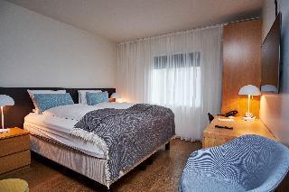 http://photos.hotelbeds.com/giata/21/214922/214922a_hb_ro_013.jpg