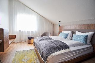 http://photos.hotelbeds.com/giata/21/214922/214922a_hb_ro_022.jpg