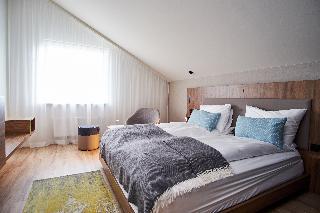 http://photos.hotelbeds.com/giata/21/214922/214922a_hb_ro_024.jpg