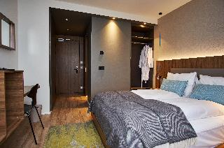 http://photos.hotelbeds.com/giata/21/214922/214922a_hb_ro_040.jpg