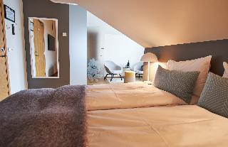 http://photos.hotelbeds.com/giata/21/214922/214922a_hb_ro_059.jpg