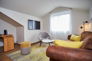 http://photos.hotelbeds.com/giata/21/214922/214922a_hb_ro_061.jpg