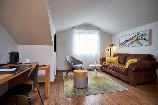 http://photos.hotelbeds.com/giata/21/214922/214922a_hb_ro_065.jpg