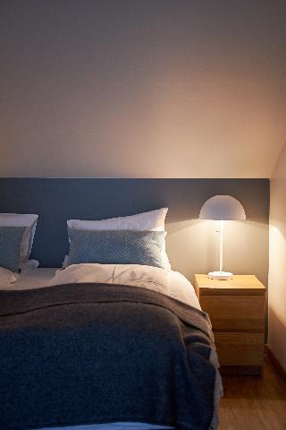 http://photos.hotelbeds.com/giata/21/214922/214922a_hb_ro_066.jpg