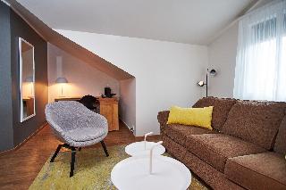 http://photos.hotelbeds.com/giata/21/214922/214922a_hb_ro_069.jpg