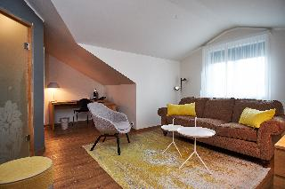http://photos.hotelbeds.com/giata/21/214922/214922a_hb_ro_070.jpg