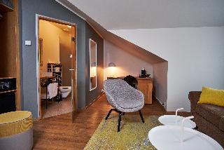 http://photos.hotelbeds.com/giata/21/214922/214922a_hb_ro_071.jpg