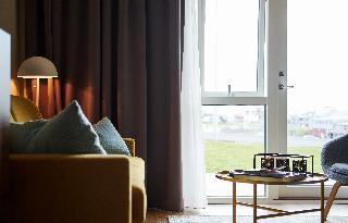 http://photos.hotelbeds.com/giata/21/214922/214922a_hb_ro_075.jpg