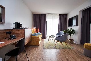 http://photos.hotelbeds.com/giata/21/214922/214922a_hb_ro_084.jpg