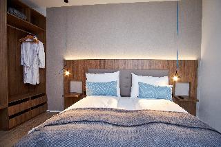 http://photos.hotelbeds.com/giata/21/214922/214922a_hb_ro_088.jpg