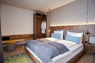 http://photos.hotelbeds.com/giata/21/214922/214922a_hb_ro_089.jpg