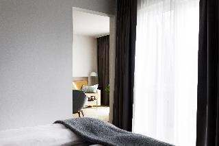 http://photos.hotelbeds.com/giata/21/214922/214922a_hb_ro_107.jpg