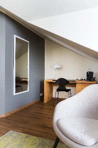 http://photos.hotelbeds.com/giata/21/214922/214922a_hb_ro_121.jpg