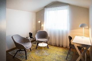 http://photos.hotelbeds.com/giata/21/214922/214922a_hb_ro_147.jpg