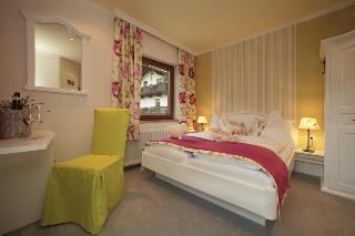 Hotels in Austrian Alps: Landhotel Martha