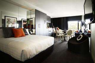 http://photos.hotelbeds.com/giata/21/218721/218721a_hb_ro_002.jpg