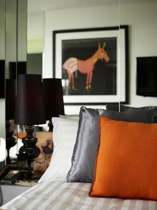 http://photos.hotelbeds.com/giata/21/218721/218721a_hb_ro_011.jpg
