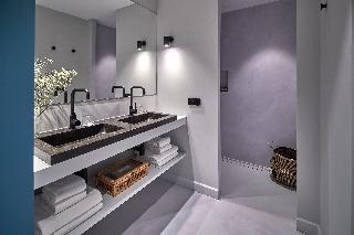 http://photos.hotelbeds.com/giata/22/224305/224305a_hb_ro_041.jpg