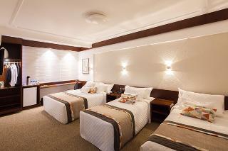 http://photos.hotelbeds.com/giata/22/225734/225734a_hb_ro_007.jpg