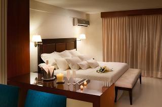 http://photos.hotelbeds.com/giata/22/225734/225734a_hb_ro_009.jpg