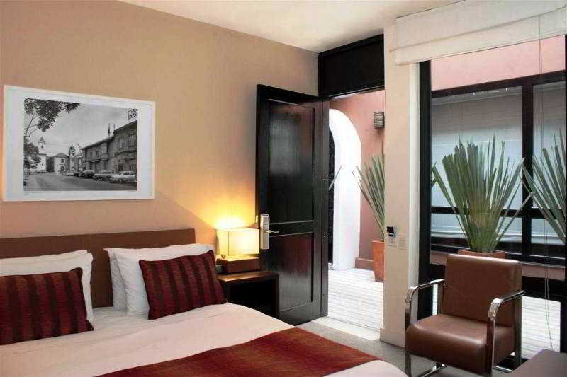 The Book Hotel - Zimmer