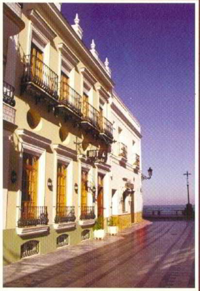 Hotel La Española thumb-2