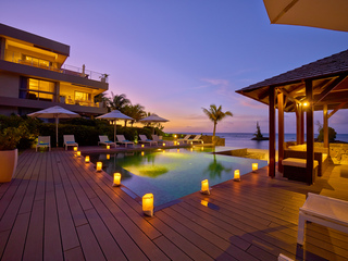 Hotels in Mauritius Islands: Bon Azur Beachfront Suites & Penthouses by LOV