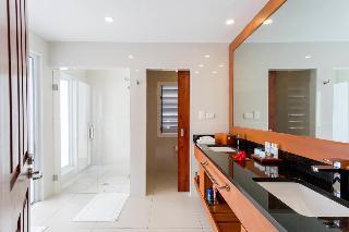 http://photos.hotelbeds.com/giata/25/255085/255085a_hb_ro_014.jpg