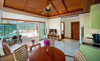 http://photos.hotelbeds.com/giata/25/256325/256325a_hb_ro_009.jpg