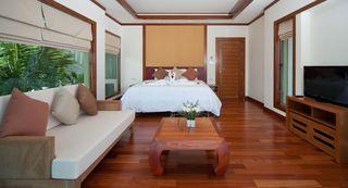 http://photos.hotelbeds.com/giata/25/256325/256325a_hb_ro_017.jpg