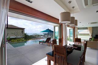 http://photos.hotelbeds.com/giata/25/256325/256325a_hb_ro_022.jpg